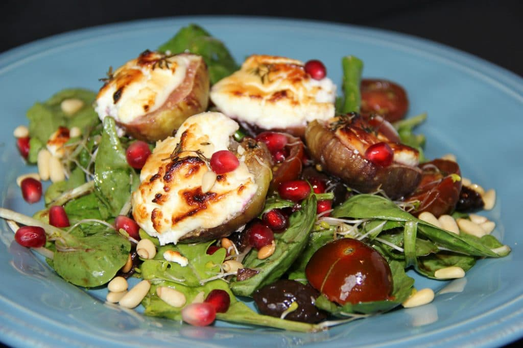 baked fig salad